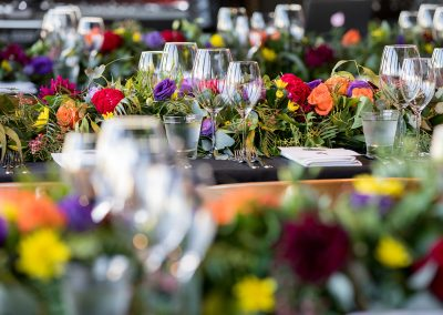 Floral table decorations in Melbourne